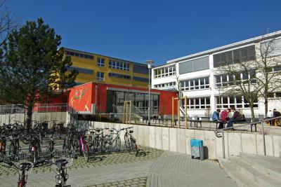 Foto zur Meldung: Lise-Meitner-Gymnasium mit bunten Programm zum Tag der offenen Tür