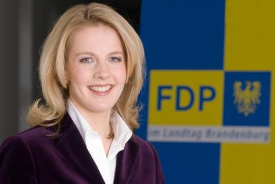 Foto zur Meldung: Linda Teuteberg: Doppelbaustelle belastet Pendler schwer