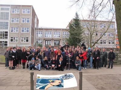 Foto zur Meldung: Leserbrief der Kantgesamtschule: Mangas im Schatten von Fukushima - Mangafans fahren zur Leipziger Buchmesse