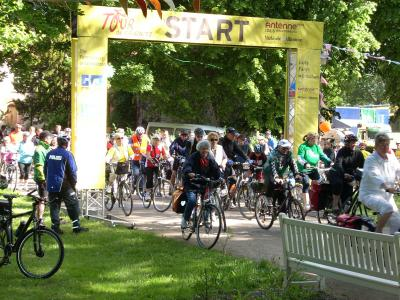 Foto zur Meldung: Tour de Prignitz - 3. Etappe - Start in Meyenburg