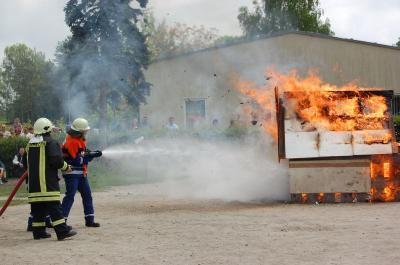 Foto zur Meldung: Tag der offenen Tür bei der Falkenseer Feuerwehr - Die Arbeit der Kameraden hautnah erleben - Tag der offenen Tür bei der Freiwilligen Feuerwehr Falkensee am Pfingstsonntag, 12. Juni 2011