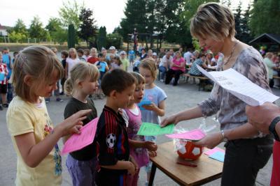 Foto zur Meldung: Die FLEX – Kinder (Klasse 1/2) in Gröden feierten