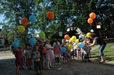 Foto zur Meldung: 100 Jahre evangelischer Kindergarten Meyenburg