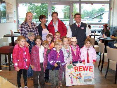 Bild der Meldung: Eröffnung des neuen REWE-Marktes am S-Bahnhof Birkenstein