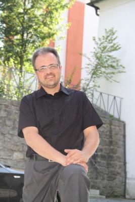 Foto zur Meldung: Holger Kruschina neuer Pfarrer von Roding