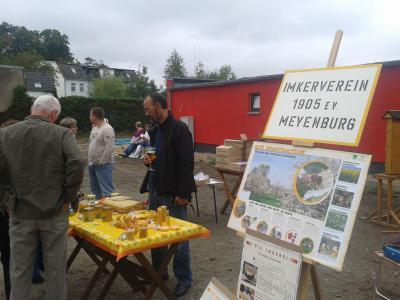 Foto zur Meldung: Erster Herbstmarkt am Clubhaus der Vereine