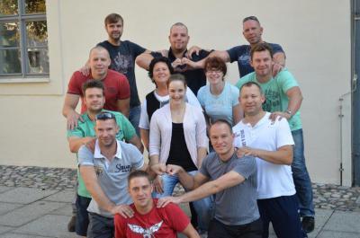 Foto zur Meldung: Männerballett trainiert für 2012