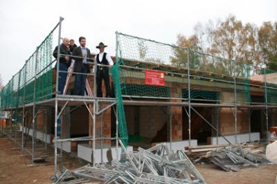Foto zur Meldung: Richtfest für neue Kita in Stolzenhagen