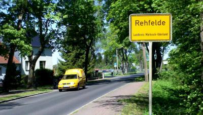 Foto zu Meldung: Azubis bauten Rehfelder Internetseite