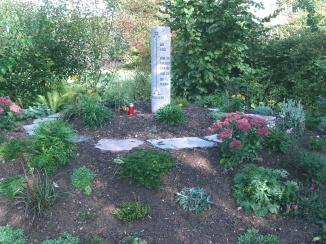 Foto zur Meldung: Grabfeld für Totgeborene im Friedhof Röslau