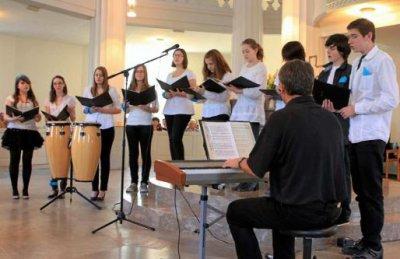 Foto zu Meldung: 900 Euro für den Glockenfonds