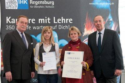 Foto zur Meldung: Ausgezeichnete Berufsausbildung bei der Firma Schiettinger KG