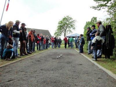 Foto zur Meldung: VfR-Gruppe gewinnt 1. Bouleturnier am Platz Nucourt