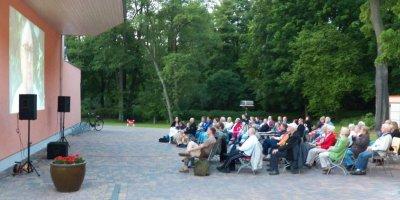 Bild der Meldung: Freilichtkinoabend in Hoppegarten