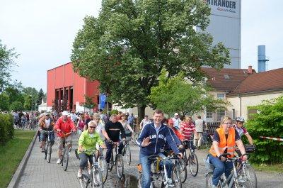 Rekordbeteiligung bei 15. Tour de OSL: 230 Radler schlängeln sich durch den Süden des Landkreises
