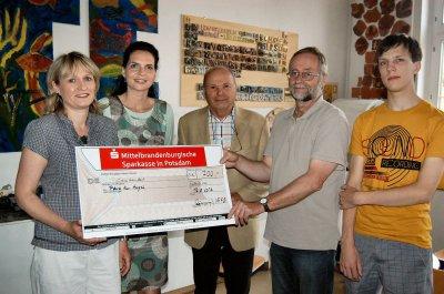 """Foto zur Meldung: Haus am Anger freut sich über eine großzügige Spende der   Bürgerinitiative """"Falkenhagener See"""""""