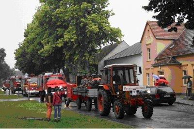 Foto zur Meldung: 100 Jahre Freiwillige Feuerwehr Grebs