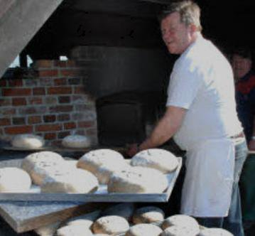Foto zur Meldung: Hofbäcker bei Pingels