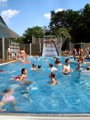 Foto zu Meldung: Der Sommer soll zurückkehren - Badefreudige sind im Falkenseer Waldbad herzlich willkommen