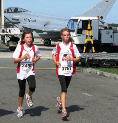 Foto zur Meldung: Airport Race lockte Läufer an