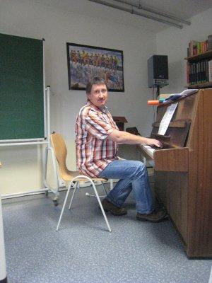 Foto zur Meldung: Neuer Musiklehrer an der FSR