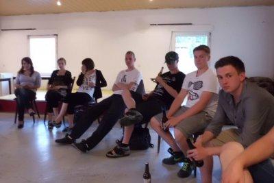 Foto zur Meldung: Rehfelder Jugendliche mischen mit