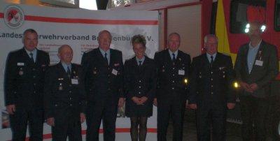 Foto zur Meldung: Harald Christ mit goldenem Ehrenzeichen im Brandschutz ausgezeichnet