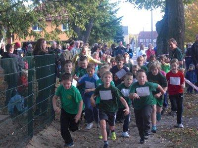 """Foto zur Meldung: """"Wir laufen für unsere Schule und das Kinderheim"""""""