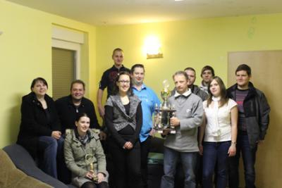 Foto zur Meldung: Kreisjugendring übergab Pokal der Jugendclub-Quiztour 2012