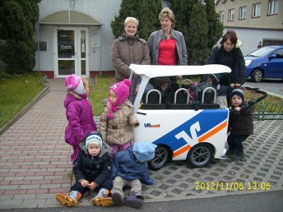 """Ein neuer Bus für die Kita """"Entdeckerland"""""""