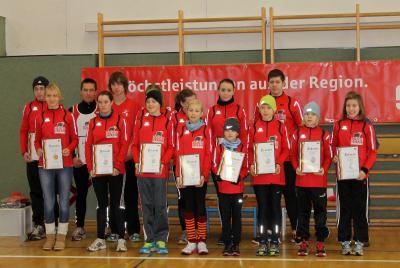 Foto zur Meldung: Kinder der Laager Laufgruppe wiederholt mit IGL- Medaillen geehrt
