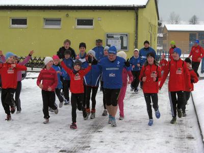 Foto zur Meldung: 4. ZYKLIC HAUS Neujahrslauf mit Schnee und Spaß