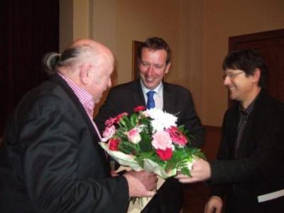 Vorschaubild zur Meldung: Auszeichnung von Hanspeter Bethke aus Saxdorf