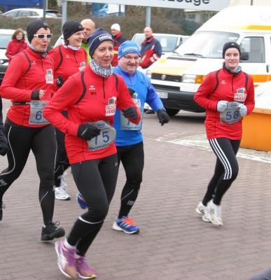Foto zur Meldung: Burgwall Lauf war rau, kalt und erfolgreich