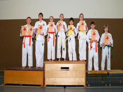 Foto zur Meldung: Bewährungsprobe für Laager Karate-Kids