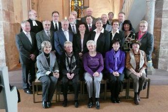 Foto zur Meldung: Frauenchor und MGV singen zur Goldenen Konfirmation in der Mauritiuskirche in Schenklengsfeld