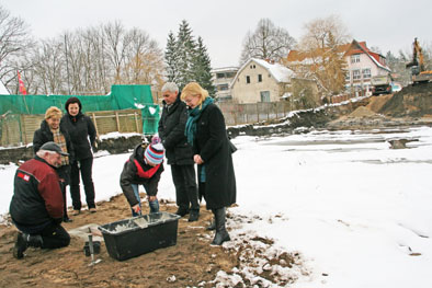 """Foto zur Meldung: Grundstein gelegt für """"Haus am Wandlitzsee"""""""