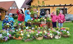 """Foto zur Meldung: Kita """"Sonnenblume"""" Werchow beim Frühlingsfest  auf dem Bauernmarkt"""