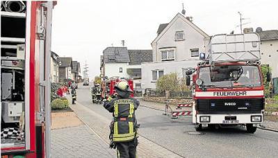 Foto zu Meldung: Kaminbrand sorgt in Oberneisen für Feuerwehreinsatz