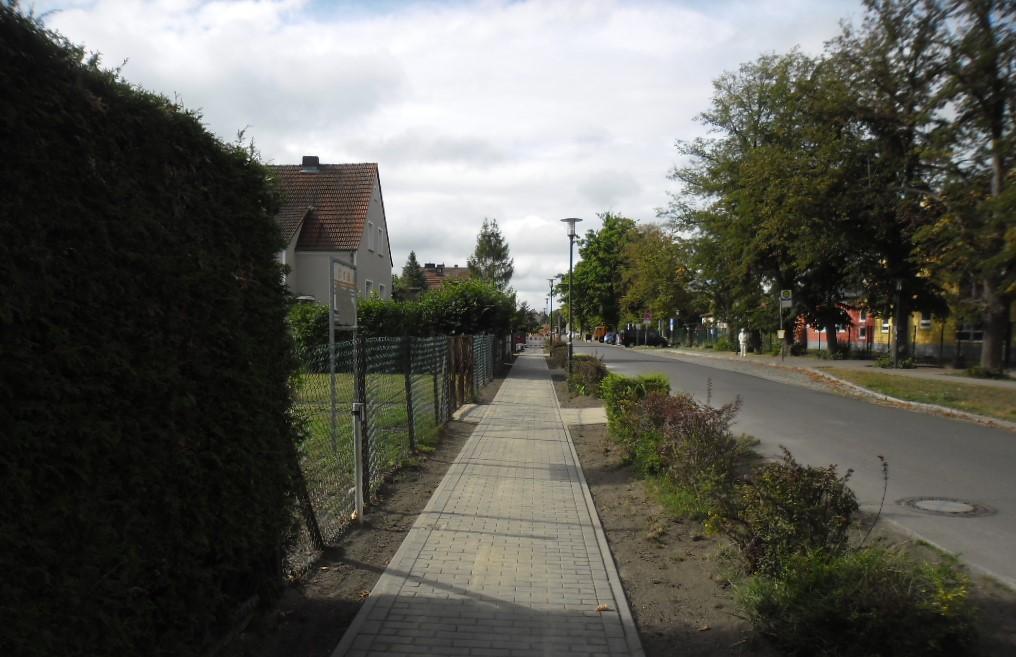 Gehweg Straße der Einheit