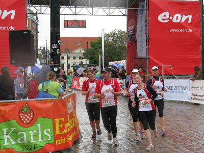 Foto zur Meldung: 21. Rostocker E.on edis City- Lauf