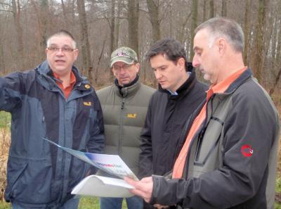 Foto zur Meldung: Angelsportverein Nauheim aktiv für Umweltschutz
