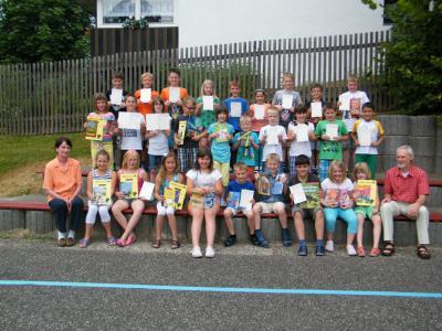 Foto zur Meldung: Auszeichnungen für die besten Schüler