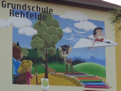 Foto zu Meldung: Schulfassade künstlerisch gestaltet