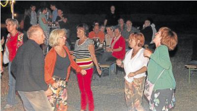 Foto zur Meldung: Rocken für die Glocken bringt 3000 Euro