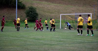 Foto zur Meldung: 2. Spieltag Kreisoberliga 2013/14: SC Einheit Bahratal-Bergießhübel - SG Motor Wilsdruff 1:3 (0:3)