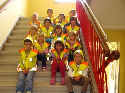 Foto zu Meldung: Sicherheitswesten für Grundschüler