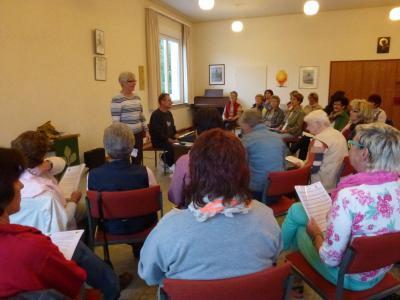 Foto zu Meldung: Frauenchor - Erfolgreicher Start des Projektchor´s