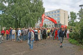 Foto zur Meldung: Großes Interesse an Besichtigung des ehemaligen Landespolizeischulgeländes