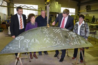 Landrat Siegurd Heinze zu Gast in Metallbau- und Malerbetrieb